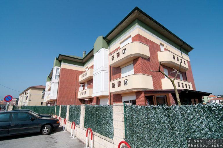 Construcción bloque de viviendas en Suances
